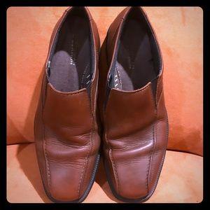 Men's Bostonian Flexlite brown leather slip on 11